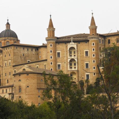 Villa Campestri, dove il relax profuma d'olio