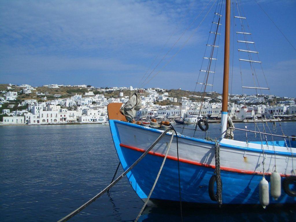 Mykonos barca